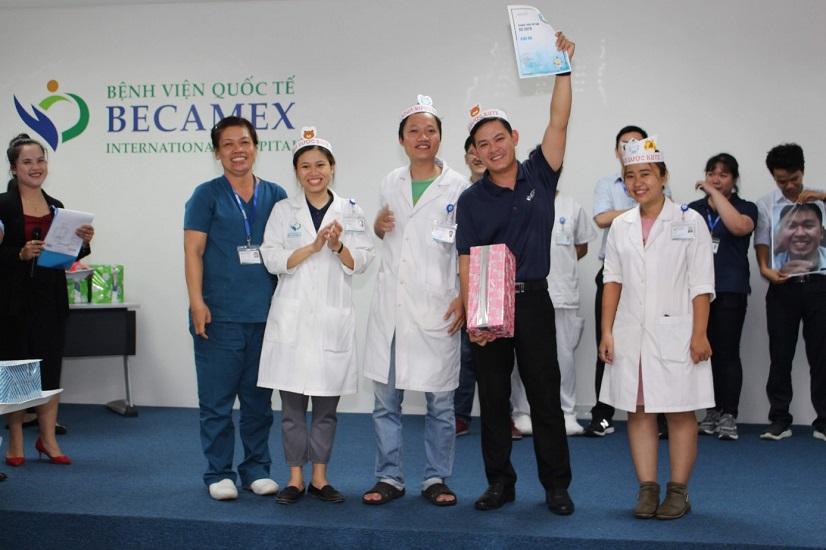 Hình 6. Giải ba Thi đua triển khai 5S năm 2019: khoa Dược