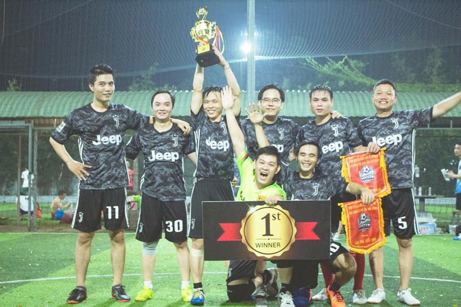 Hình 4. Đội vô địch nam